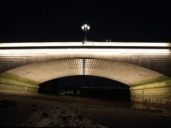 Putney_Bridge_Lighting_Trials_Armadillo_Lighting_ (12)