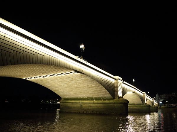 Putney_Bridge_New_LED_Lighting_34