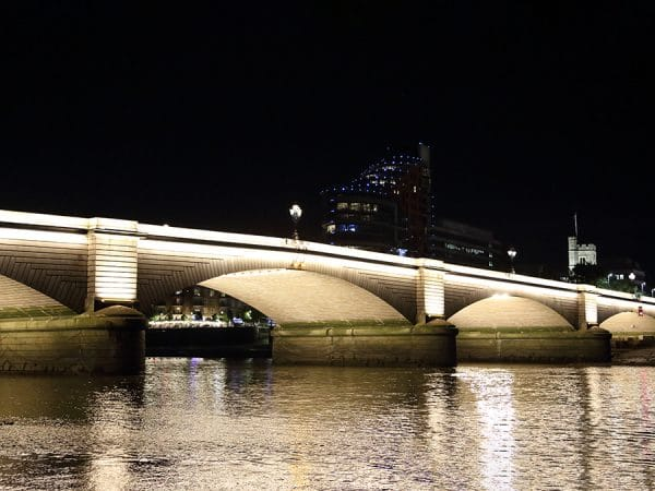 Putney_Bridge_New_LED_Lighting_36