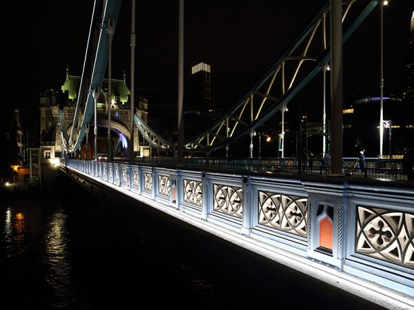 Tower_Bridge_Armadillo_Lighting_Armark_Flex_1