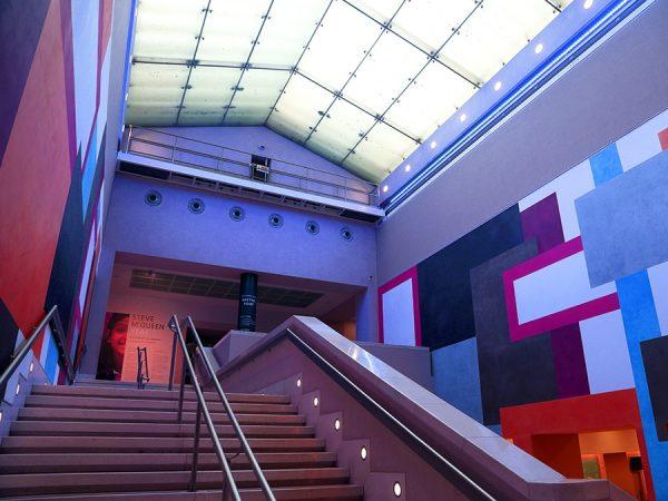 Armadillo_Lighting_Tate_Britain_Manton_Staircase_1