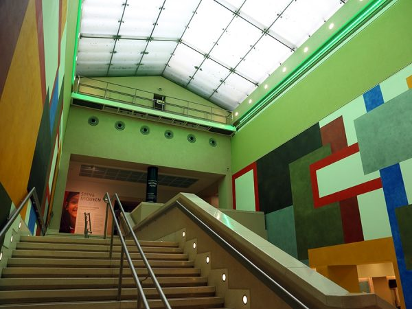 Armadillo_Lighting_Tate_Britain_Manton_Staircase_3